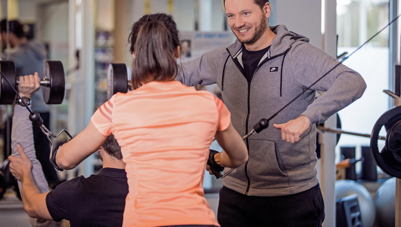 gym-80-freies-training-kraftvoll-lohne